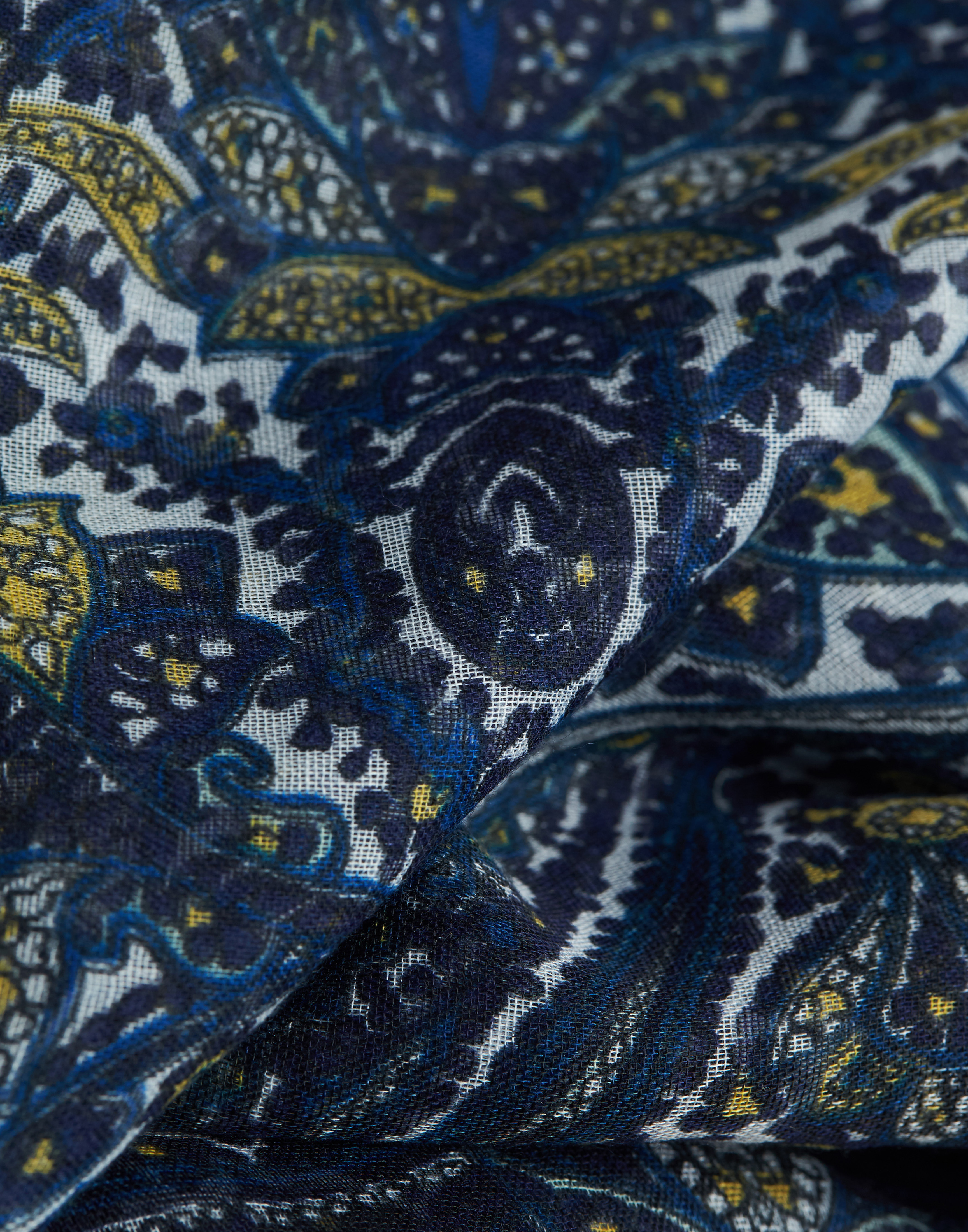 Paisley flowers foulard