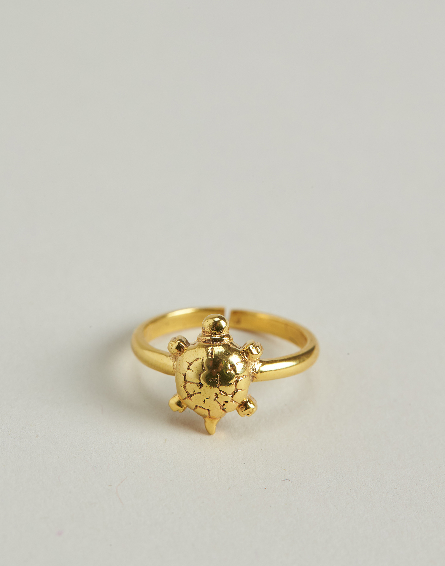 Anillo tortuga baño de oro