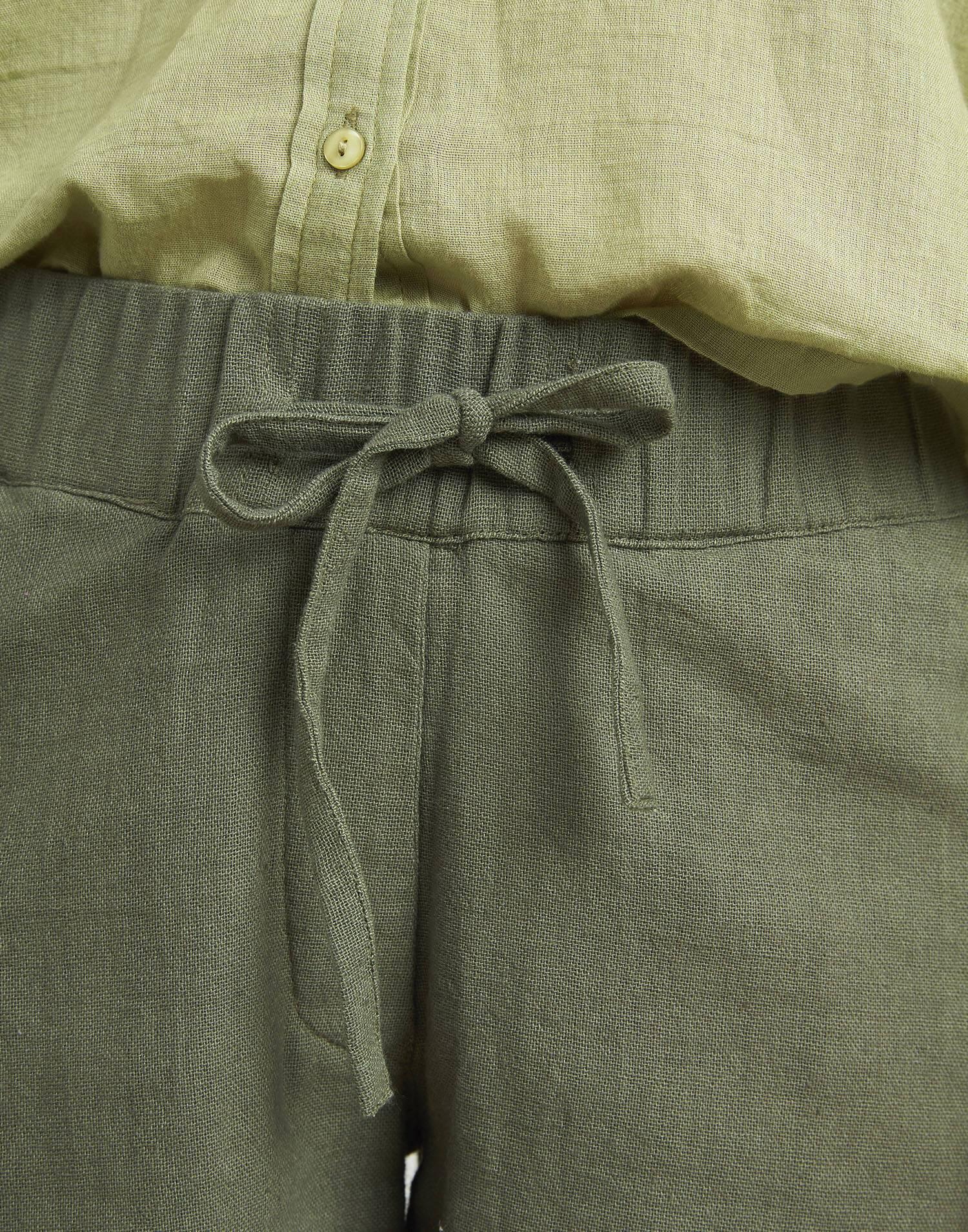 Short tejido rústico