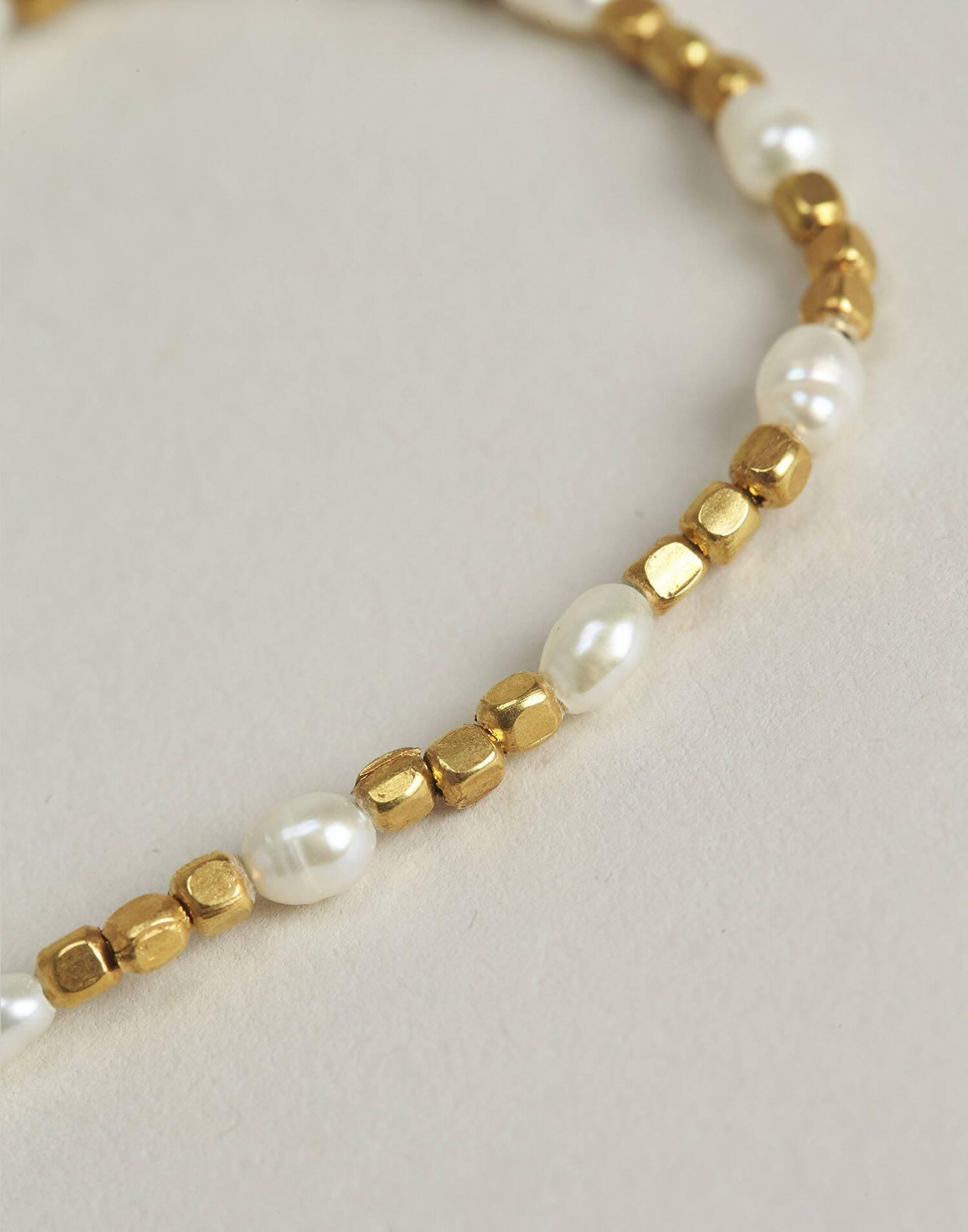 Gilded pearl bracelet