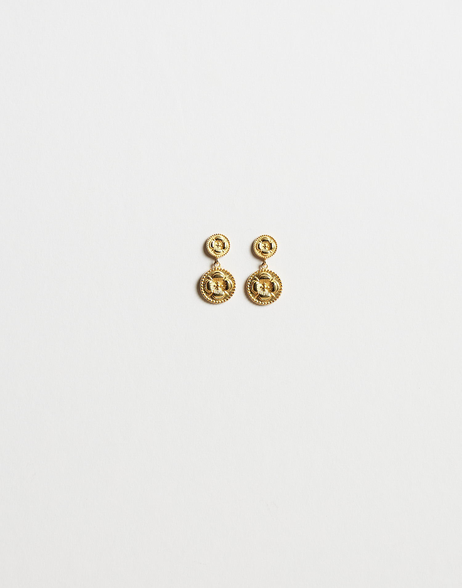 Boucles d'oreilles médaille fleur indienne dorées
