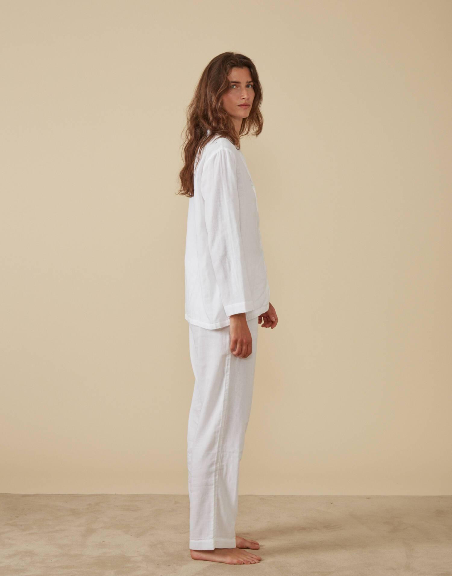 Set pijama con bolsa