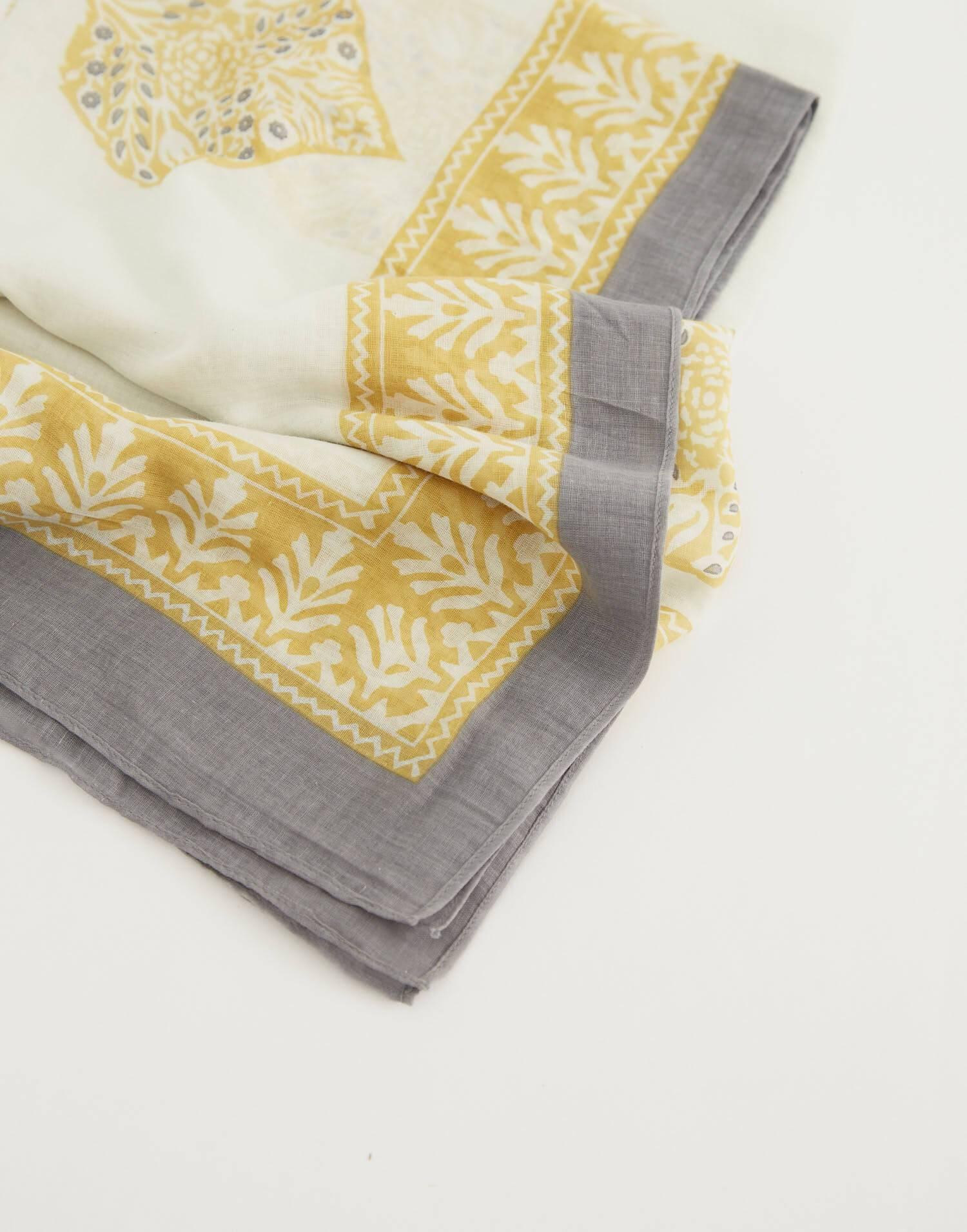 Stamp cotton scarf