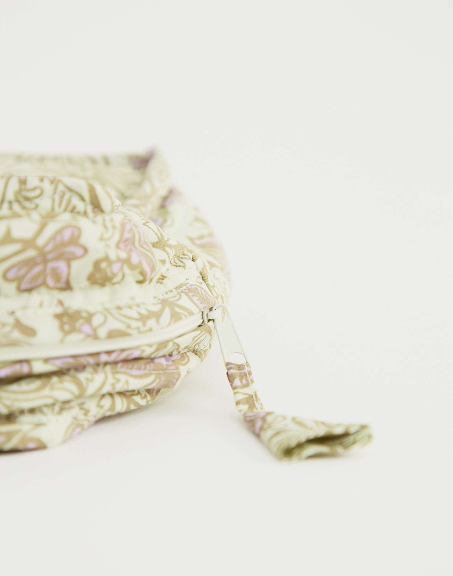 Small india cosmetic bag