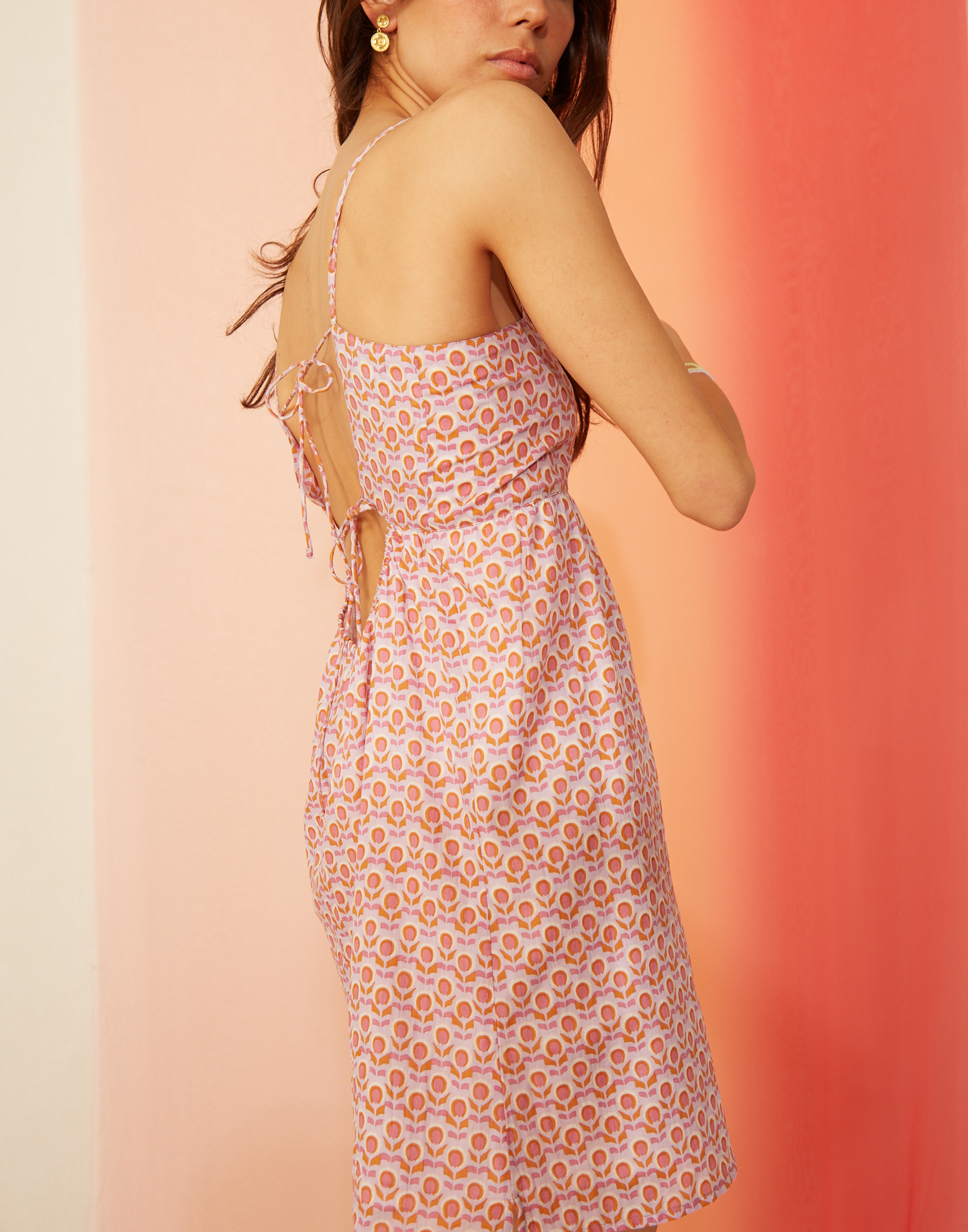 Vestido escote espalda print retro