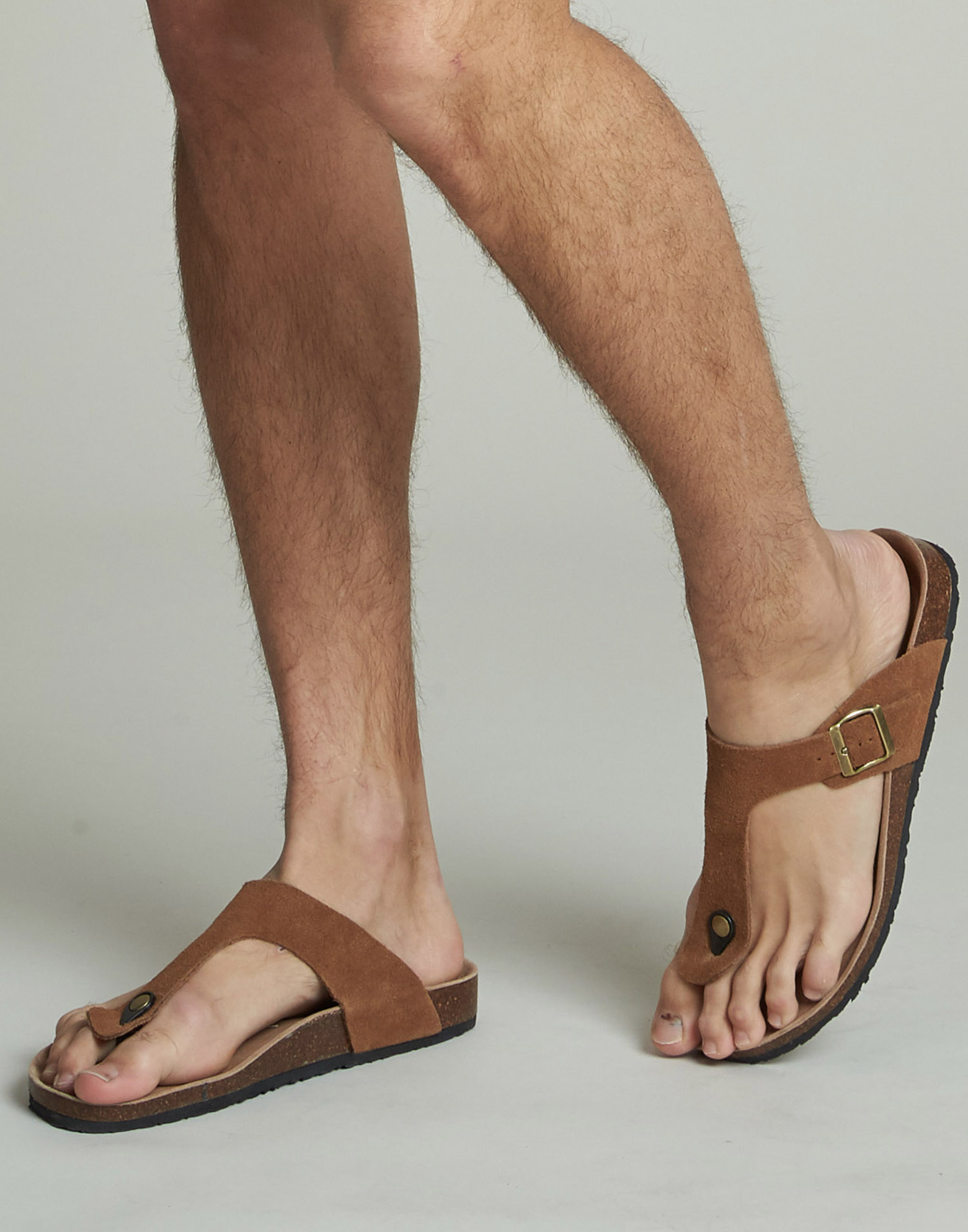 Sandalia ergonómica de piel para hombre