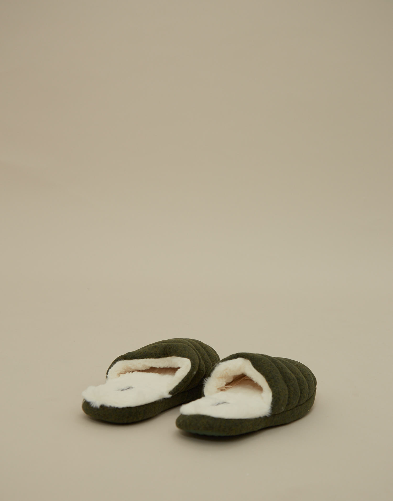 Men memory foam slipper