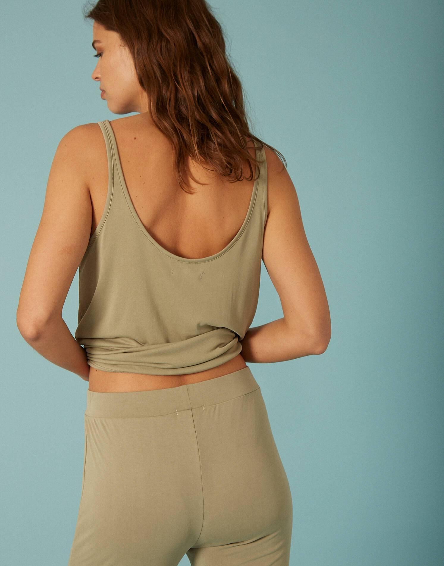 Pantalón recto tejido amelocotonado