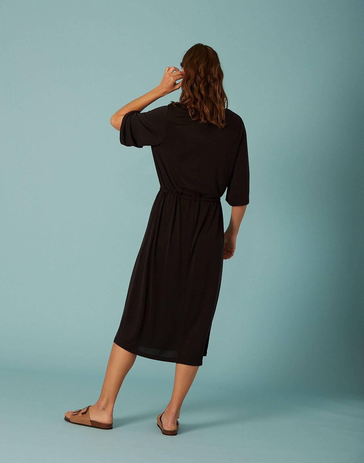 Vestido midi tejido amelocotonado