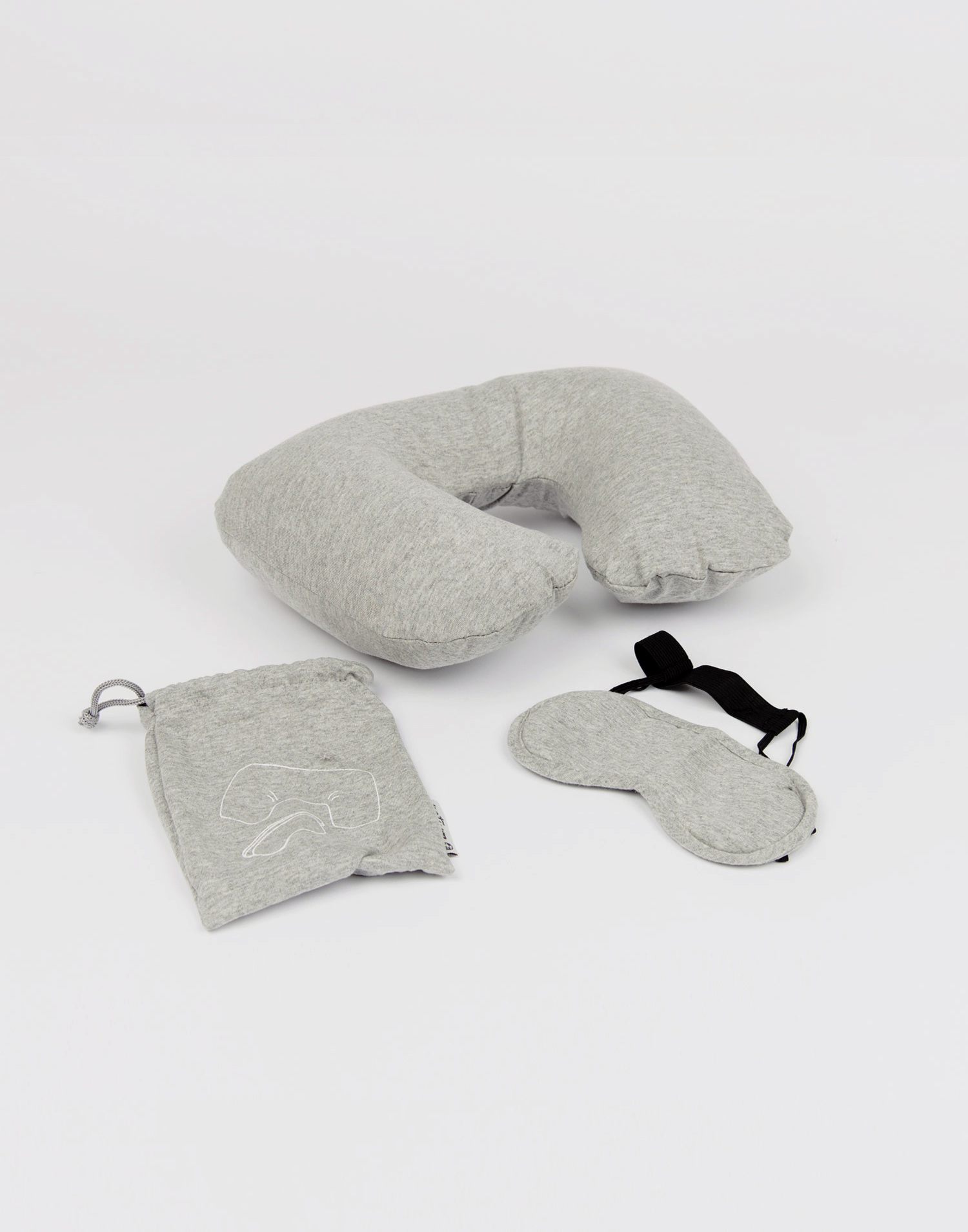 Travel set: neck pillow and mask