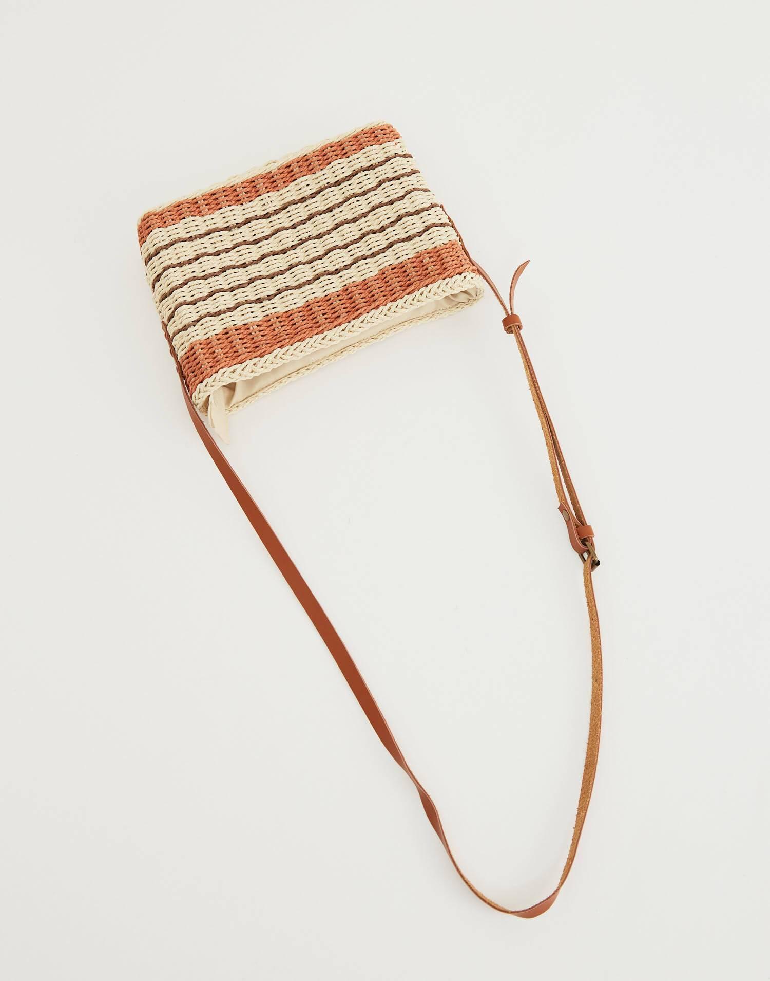 Bolso rígido rectangular pequeño