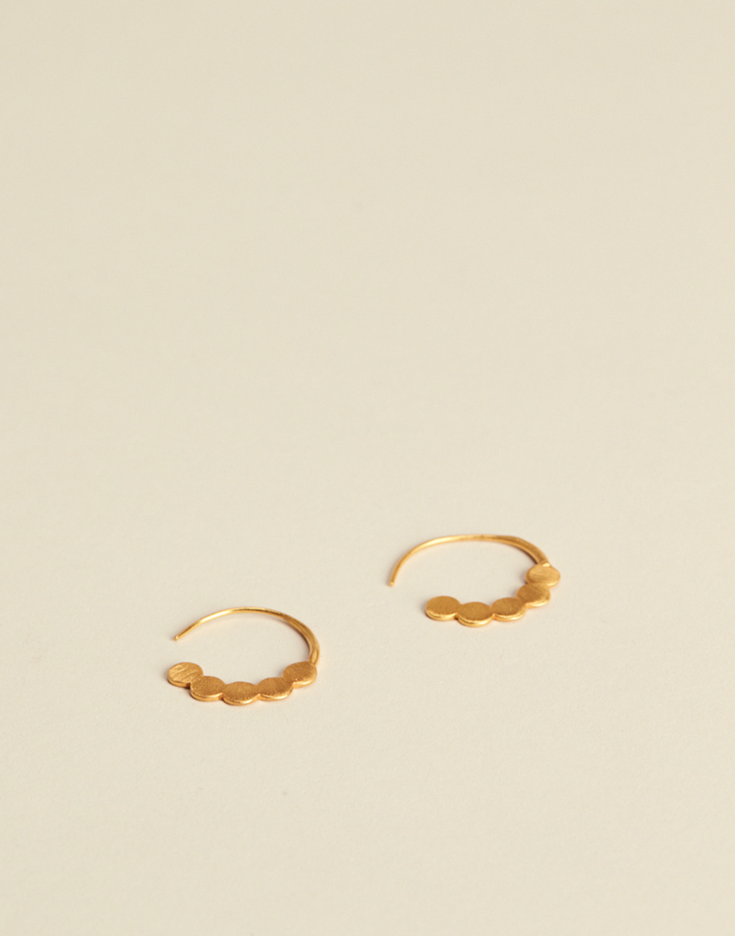 GOLD PLATED HOOP EARRING