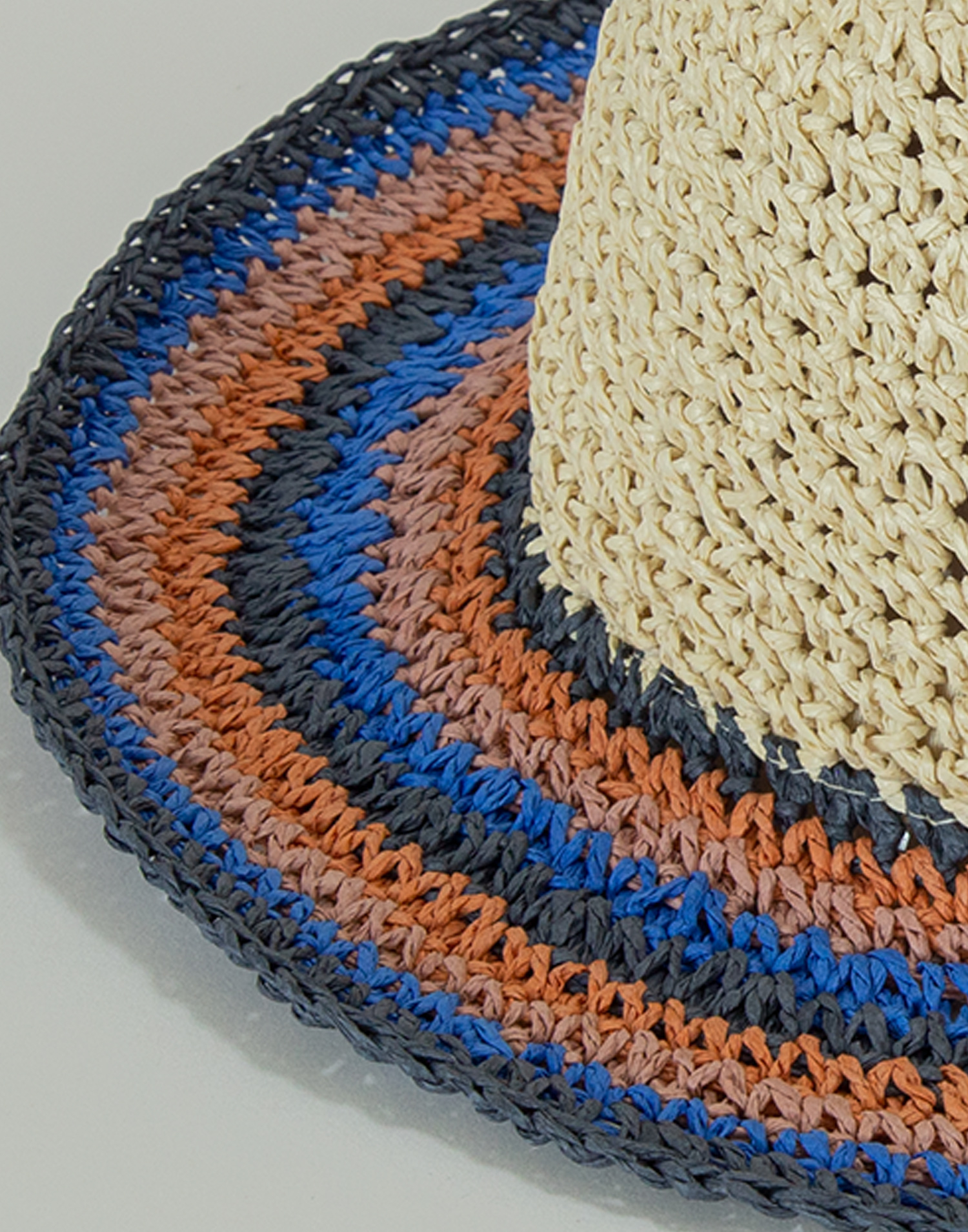 Multicolor brim striped hat