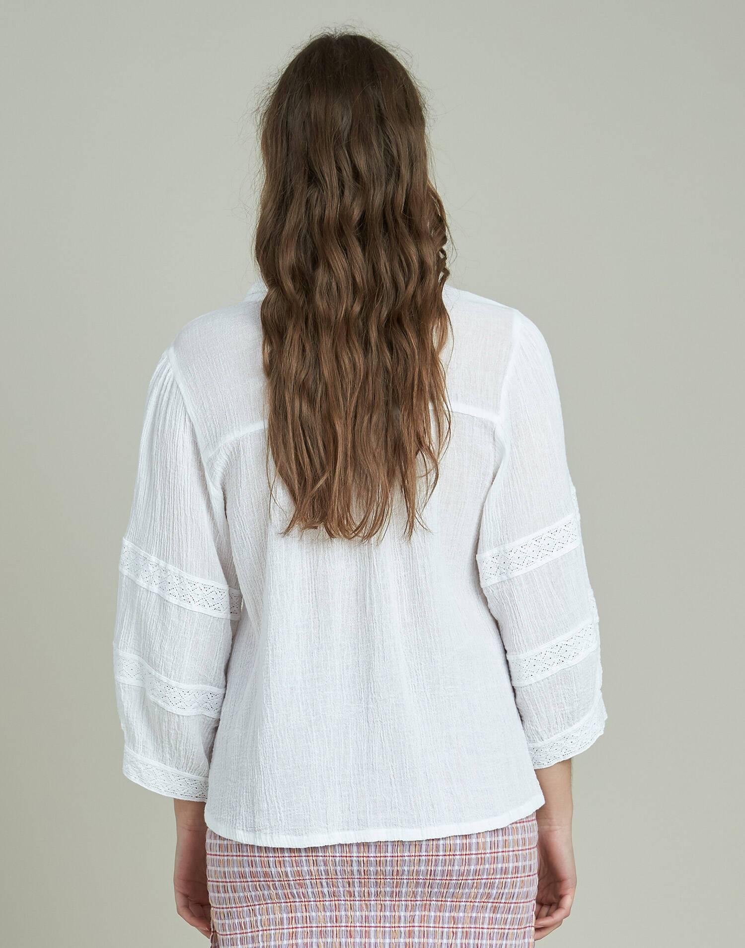 Camisa puntilla mangas