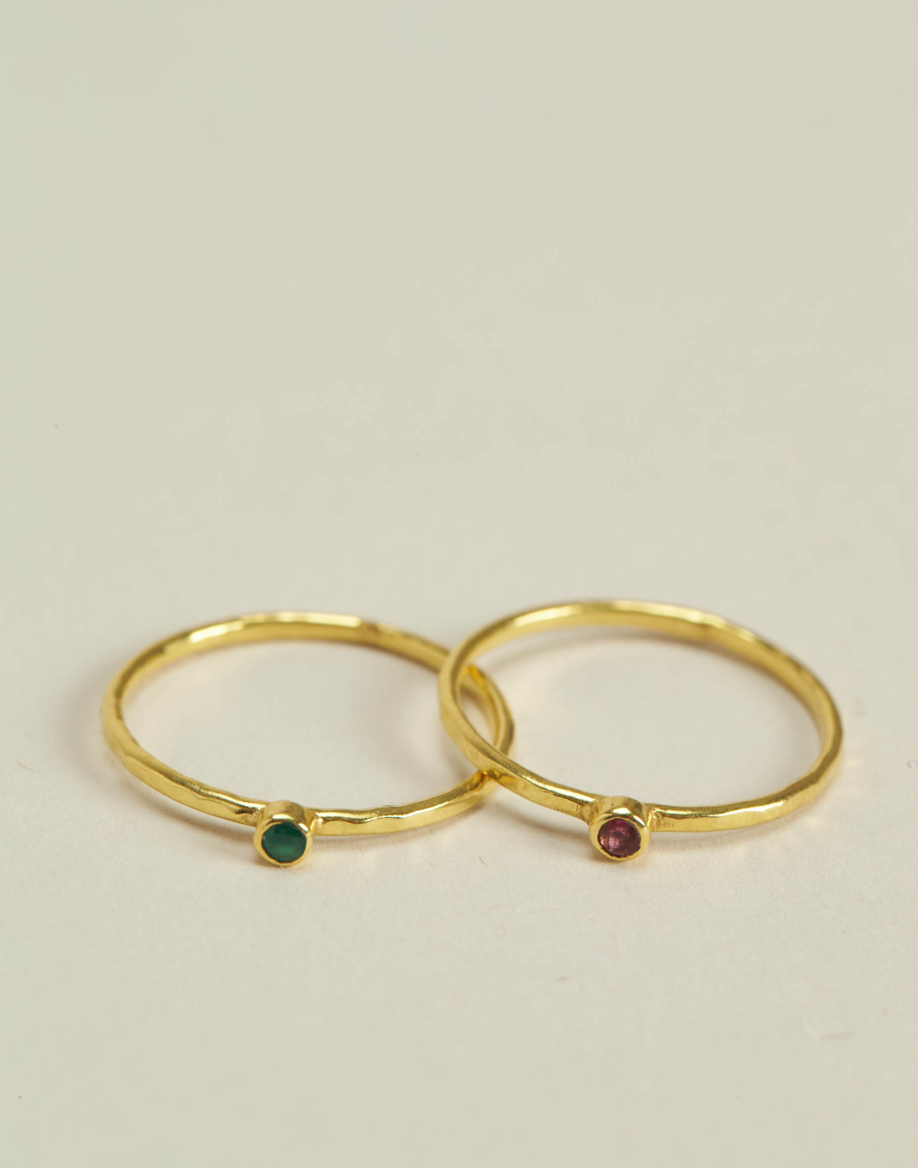Set of 2 fine gold plated rings