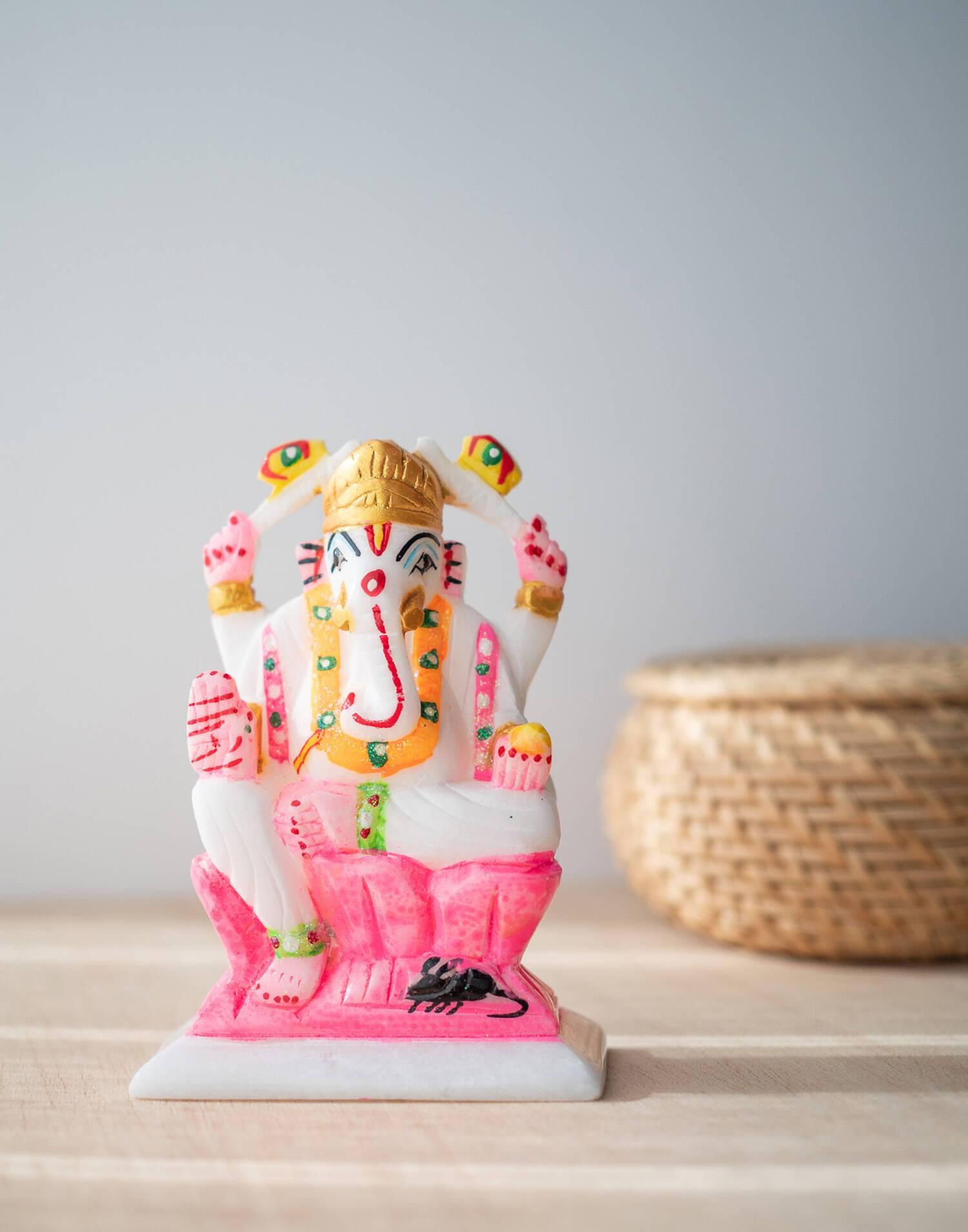 Ganesha figürchen aus marmor