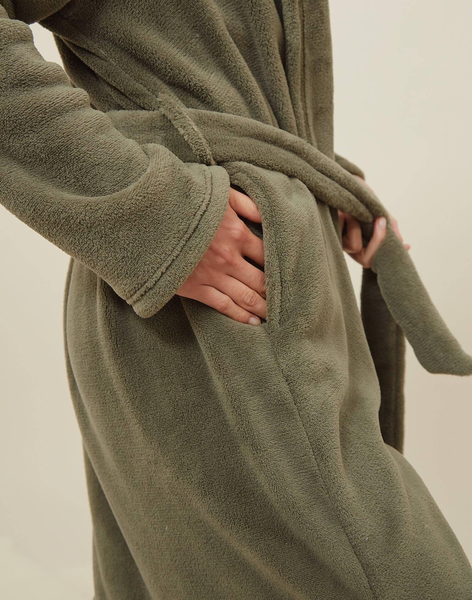 Bata fluffy con cinturón unisex