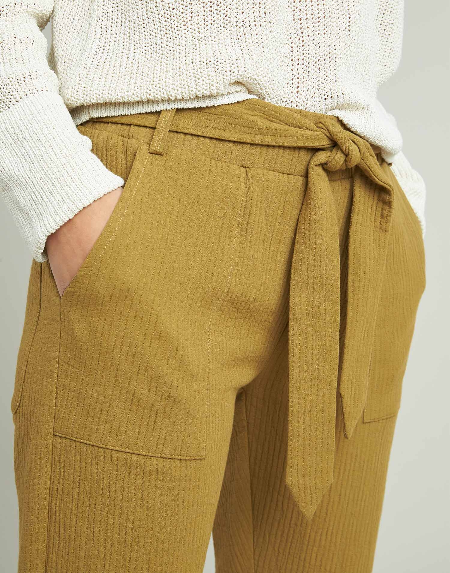 Stitching pants with belt