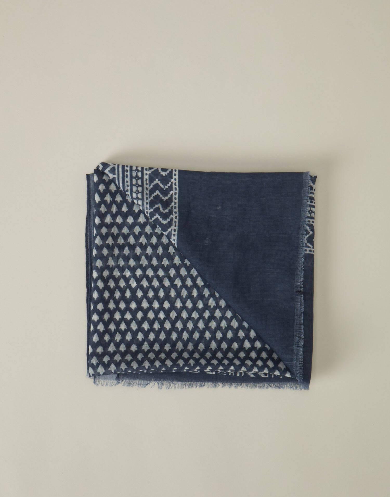 Fular print sello