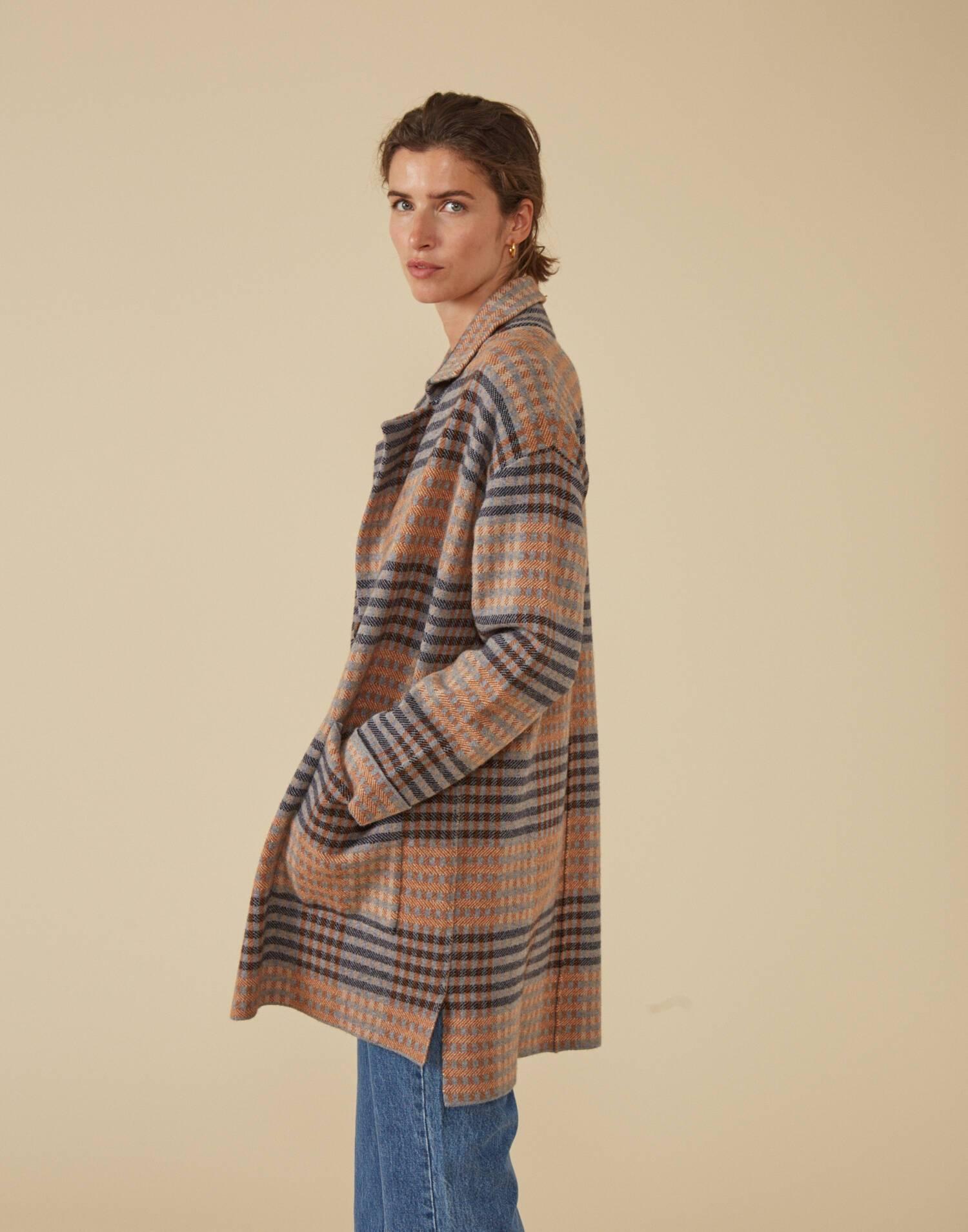 Abrigo tricot cuadros