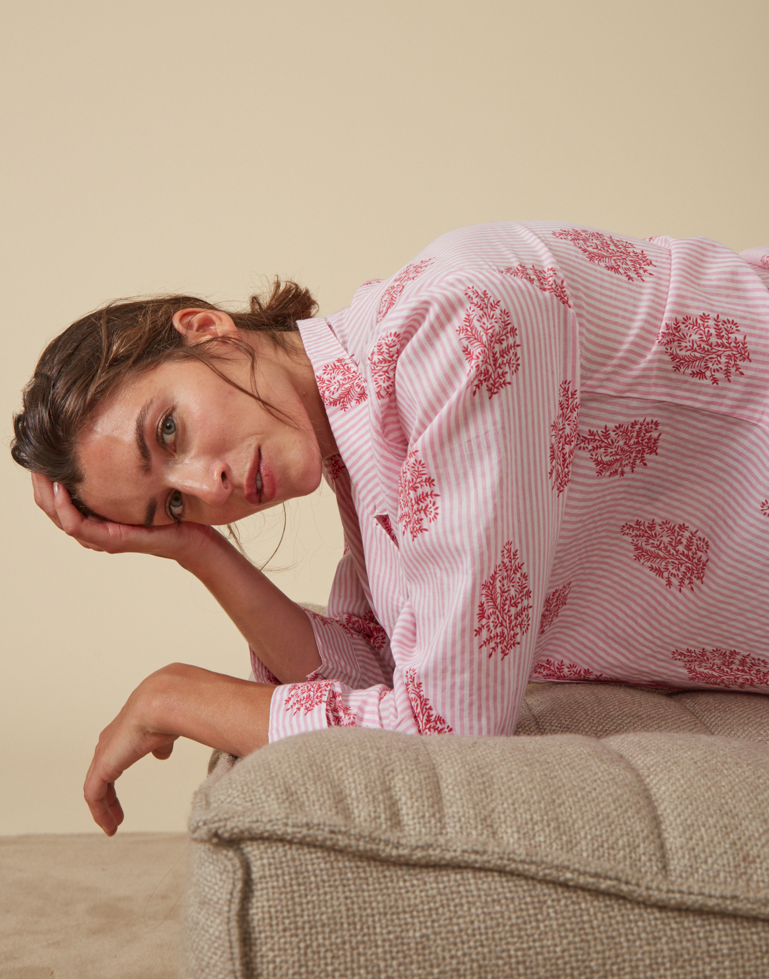 Pijama print rayas y sello con bolsa