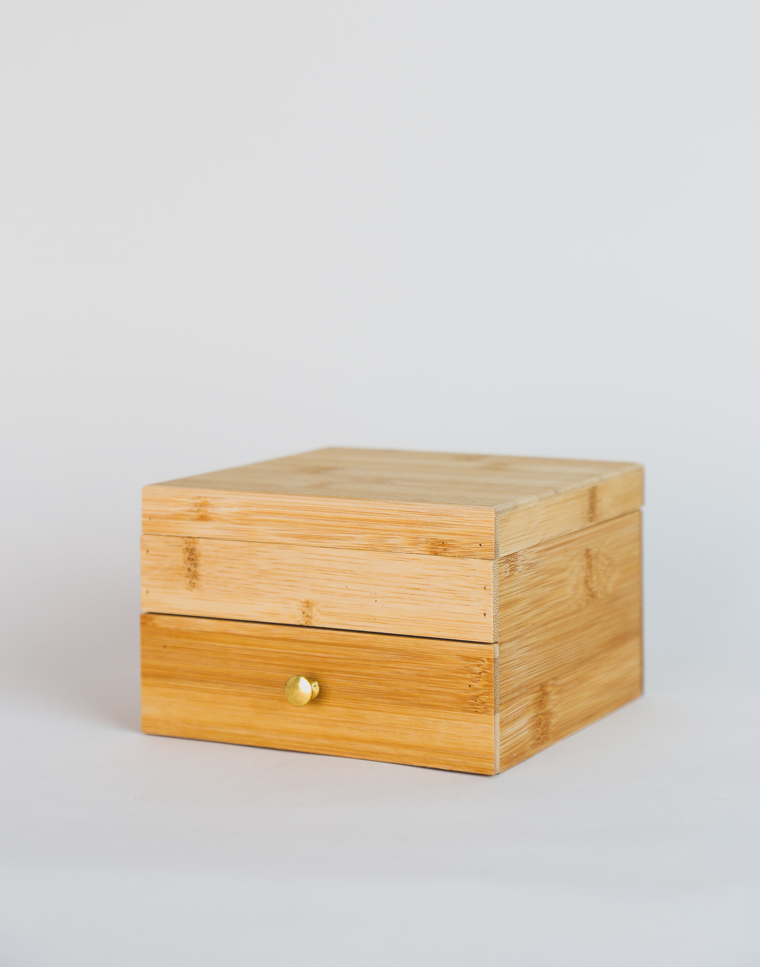 Bamboo jewelry box