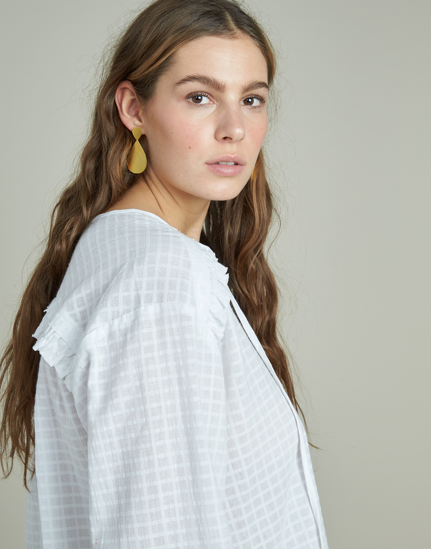 3/4 sleeves shirt with and ruffle
