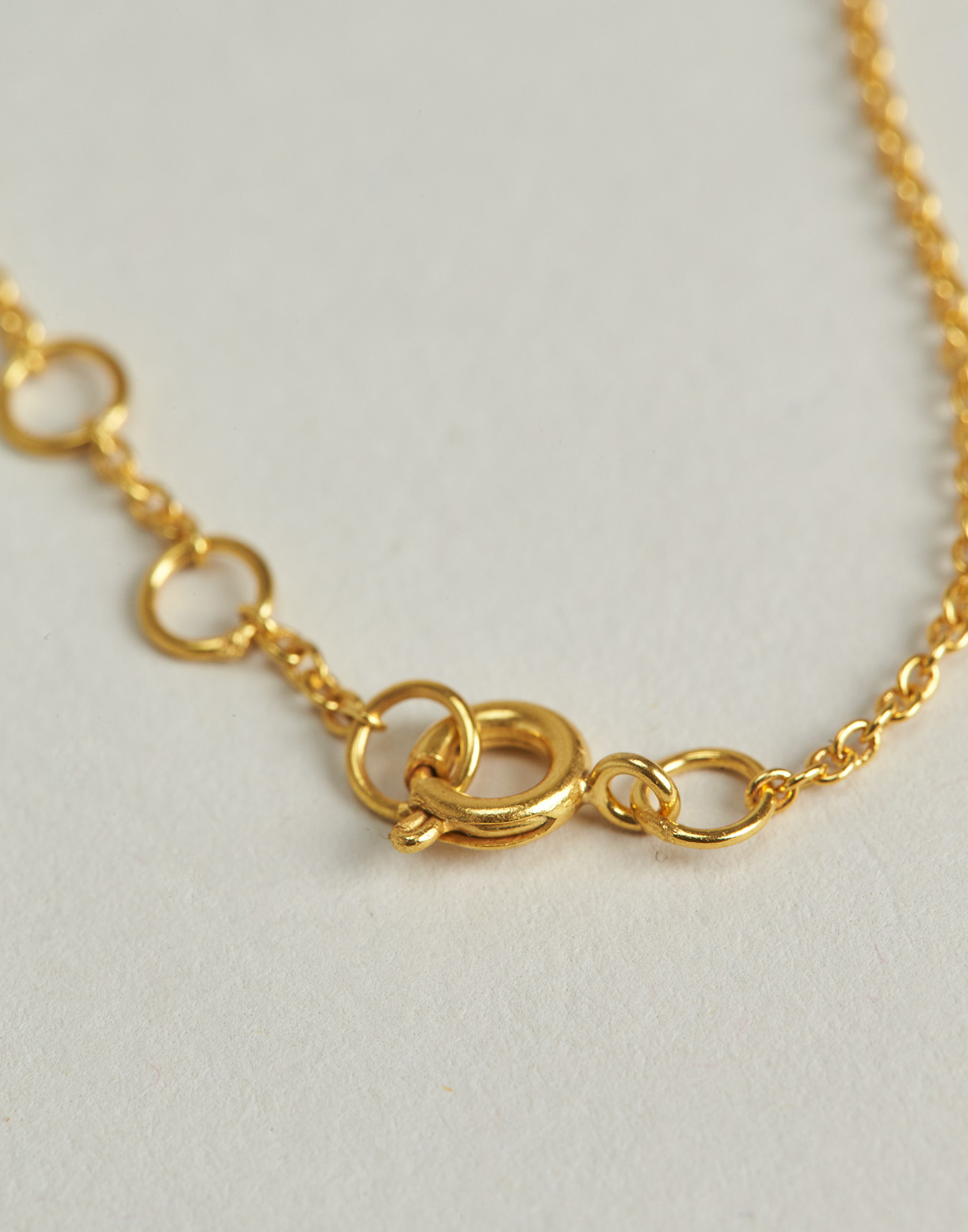 Gilded turquoise bracelet