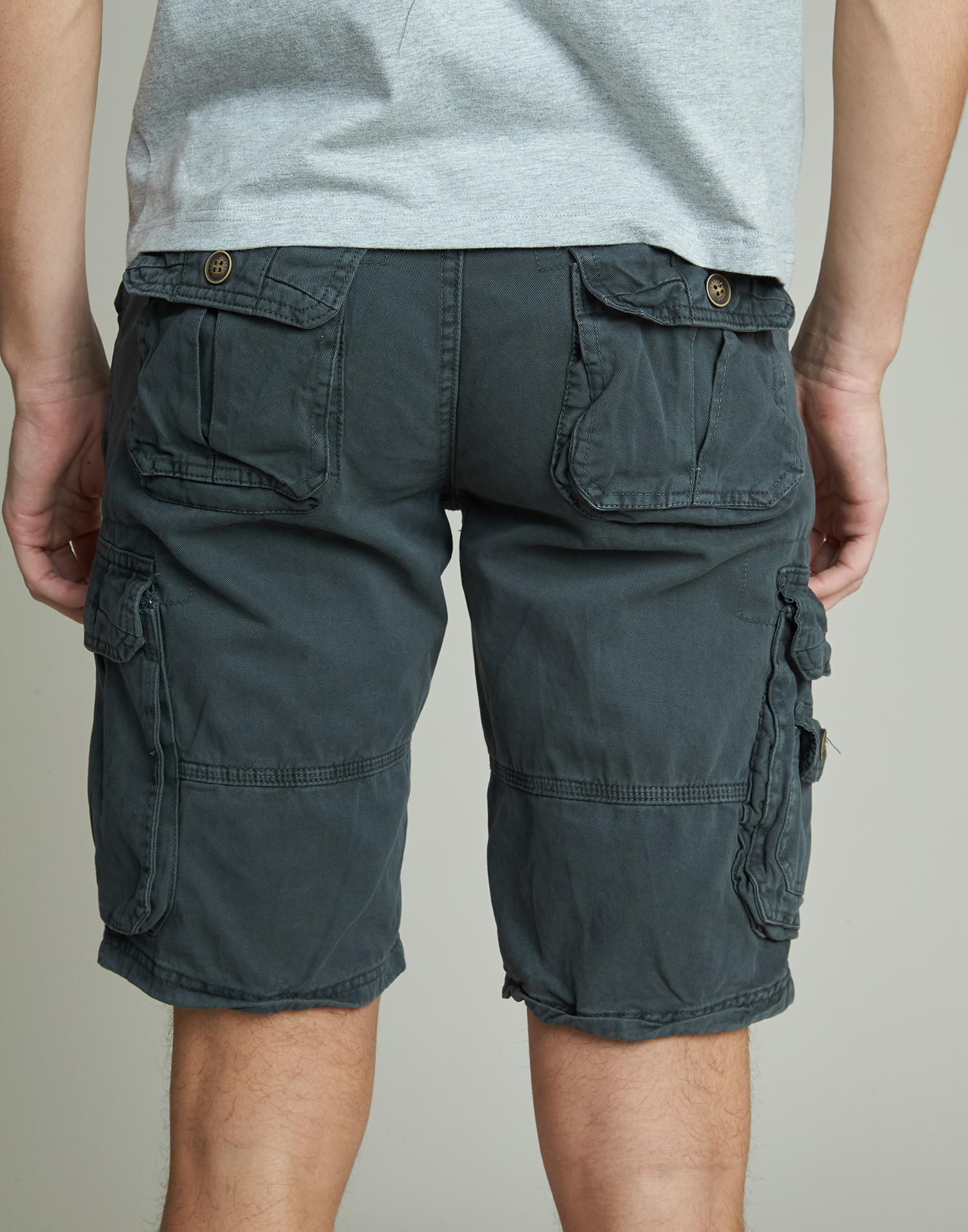 Men bermuda shorts with pockets