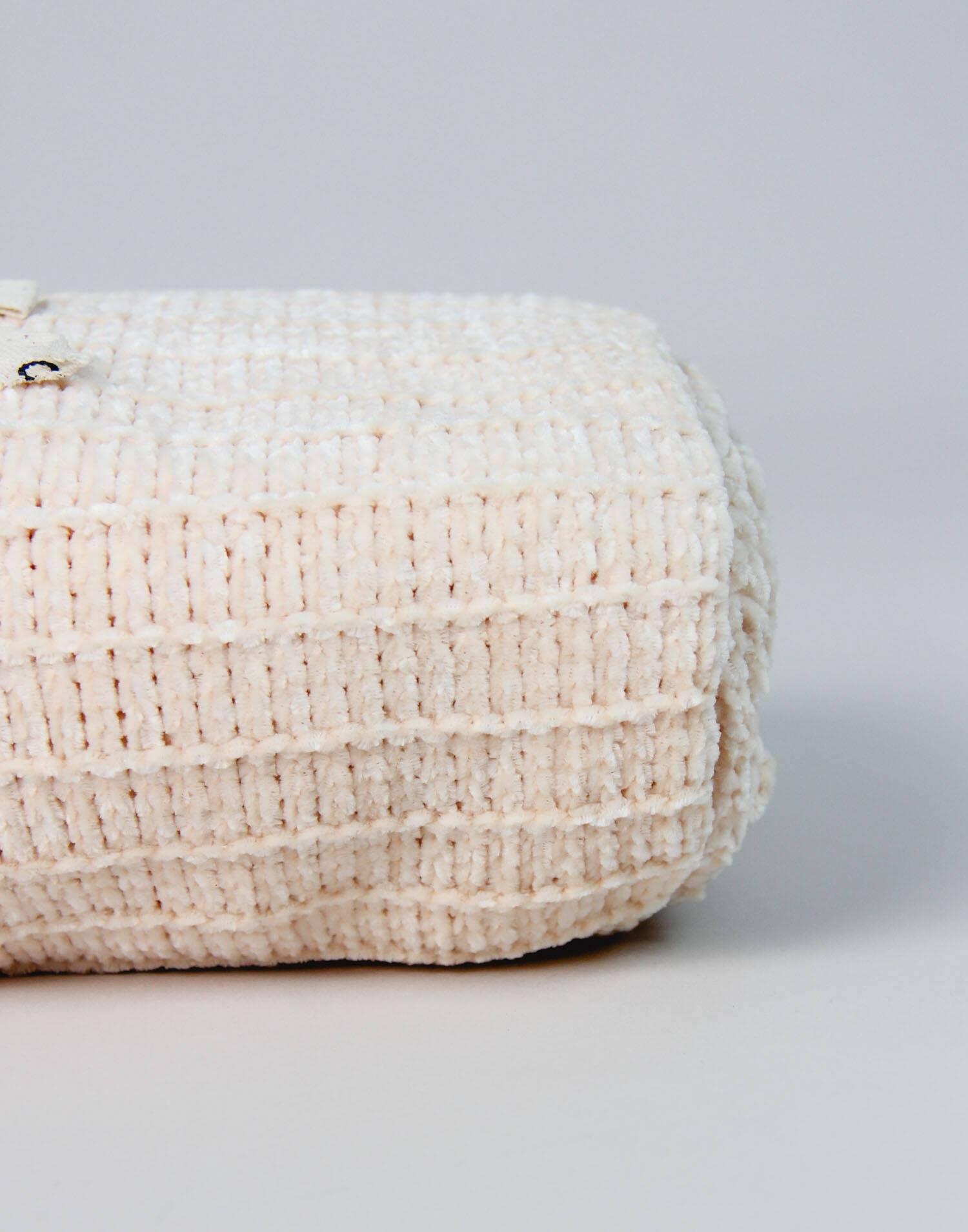 Chenille blanket lines