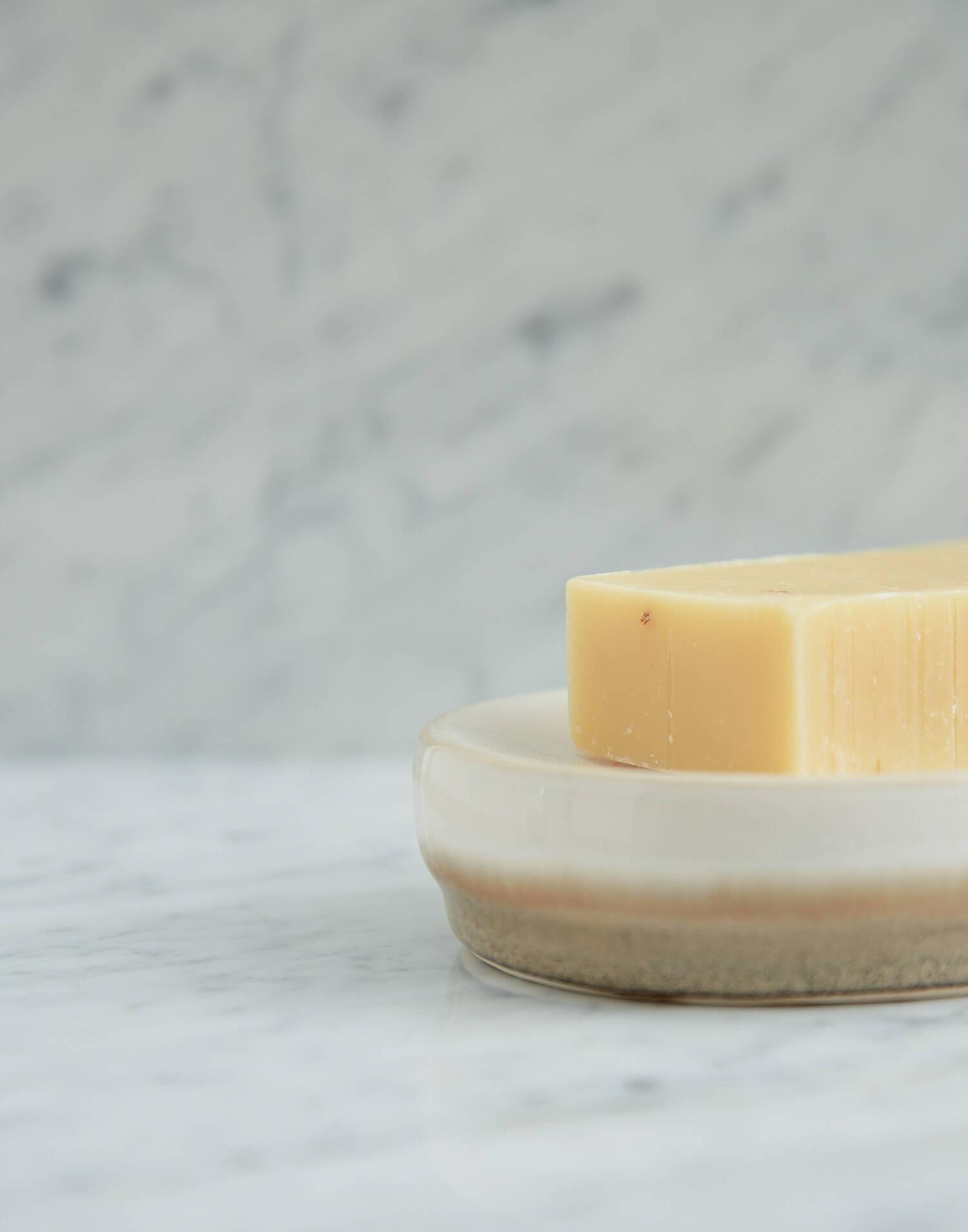 Java soap dish