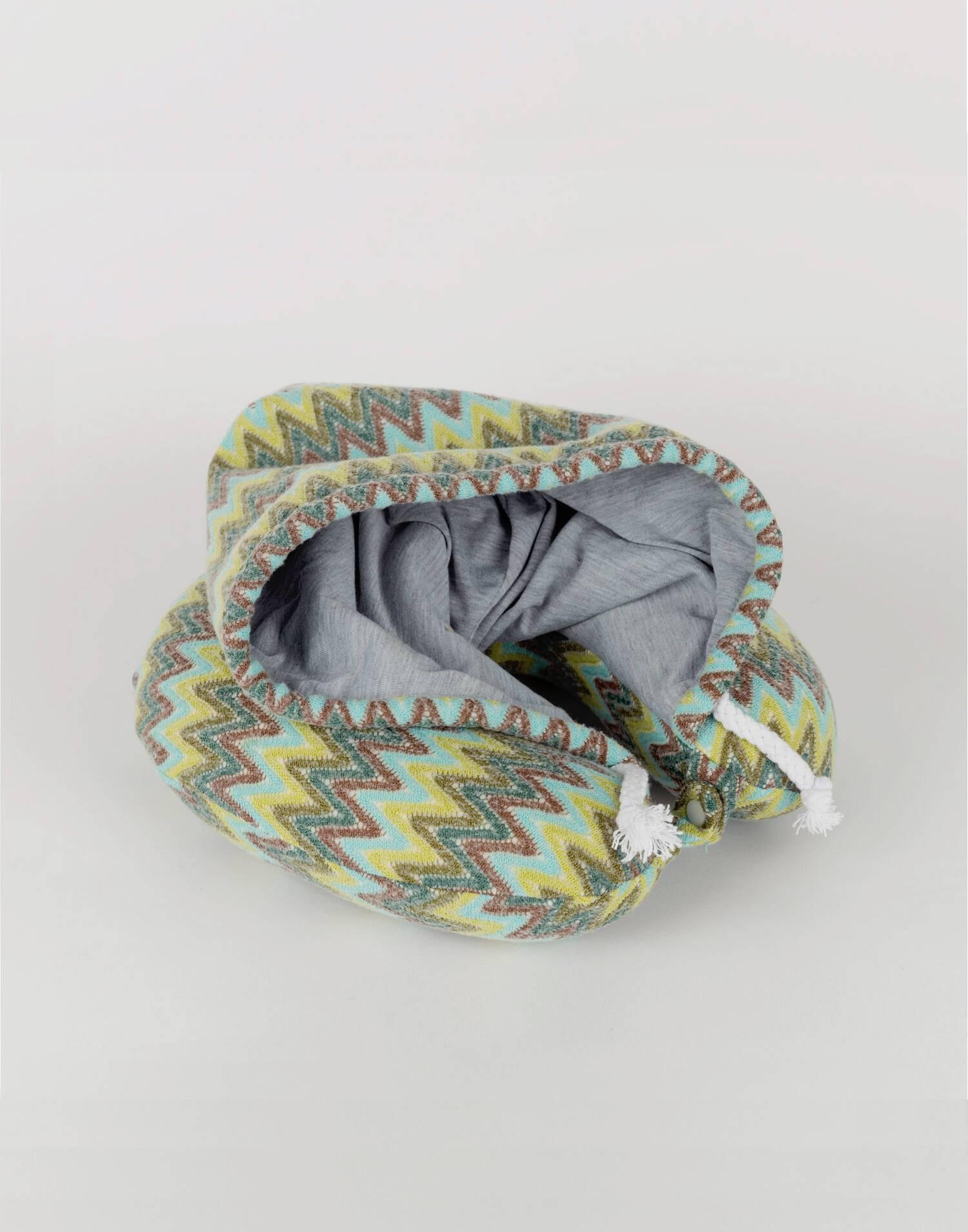 Cervical con capucha misso