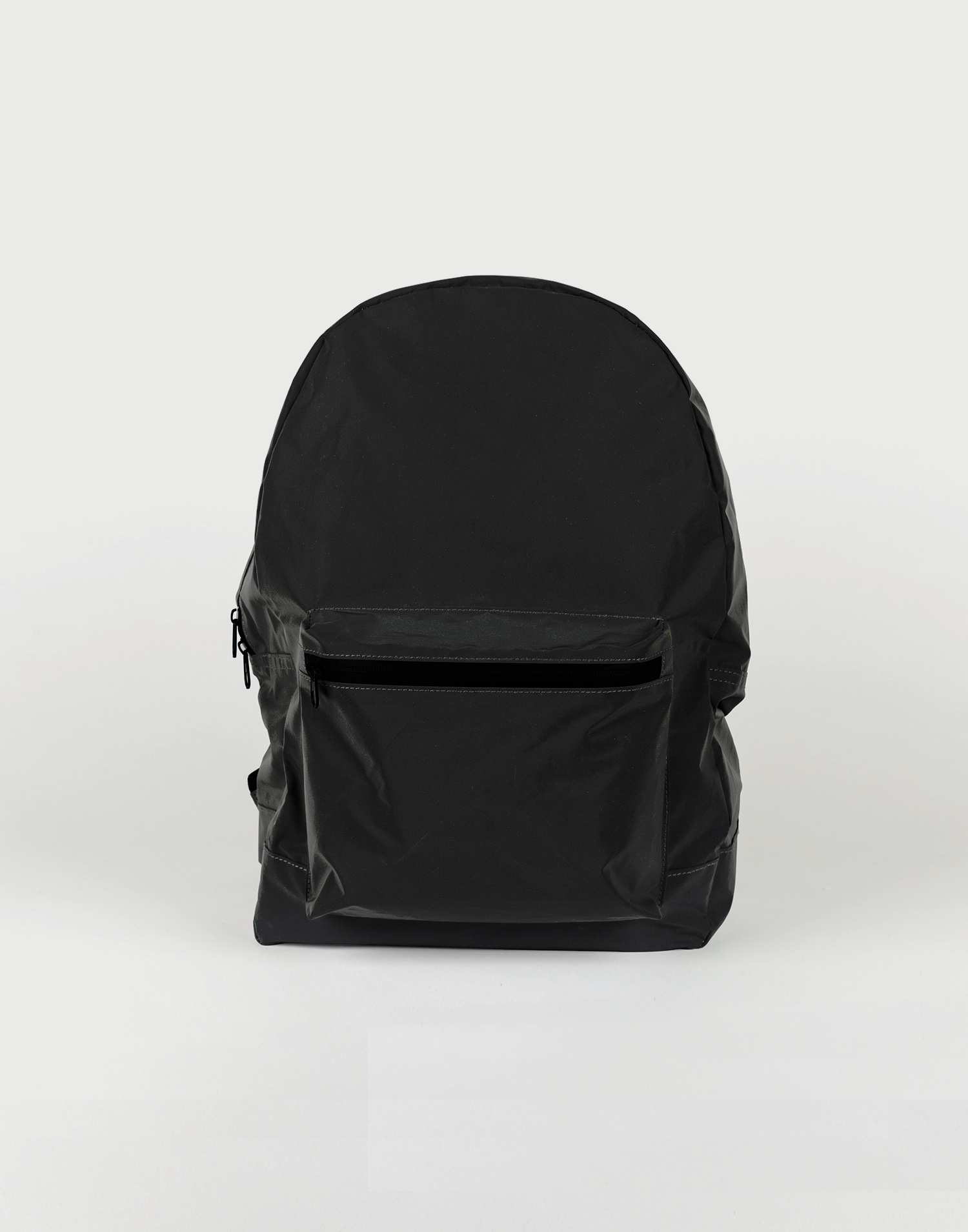 Foldable reflective backpack