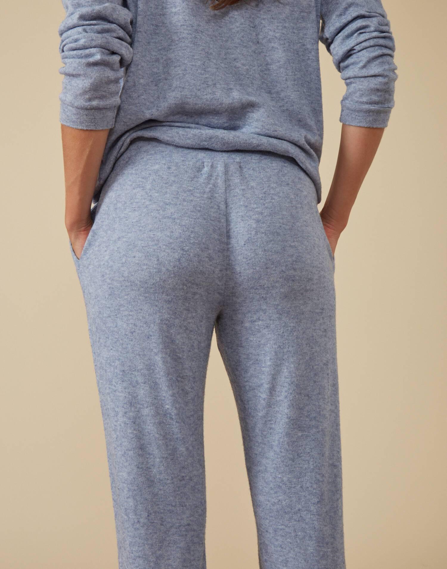 Soft pant