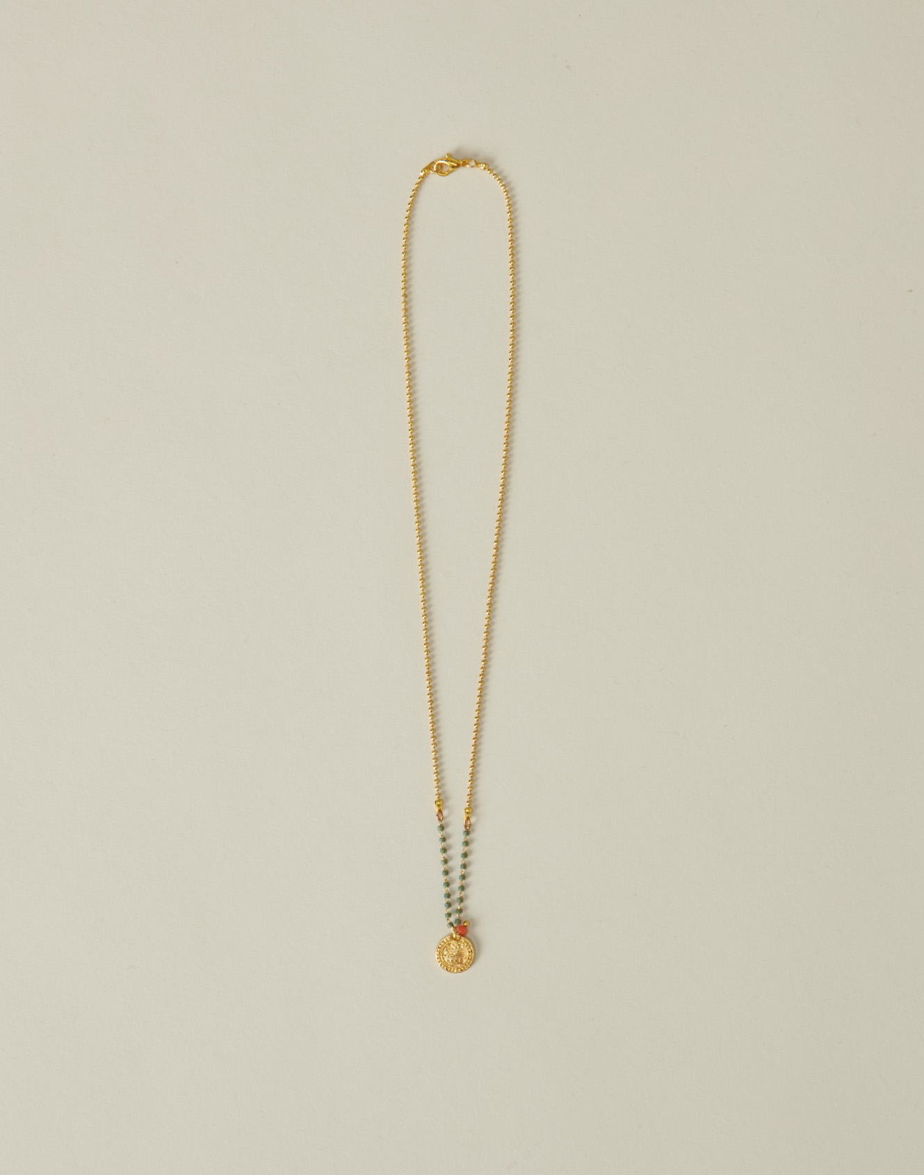 Janapese chain necklace with medal
