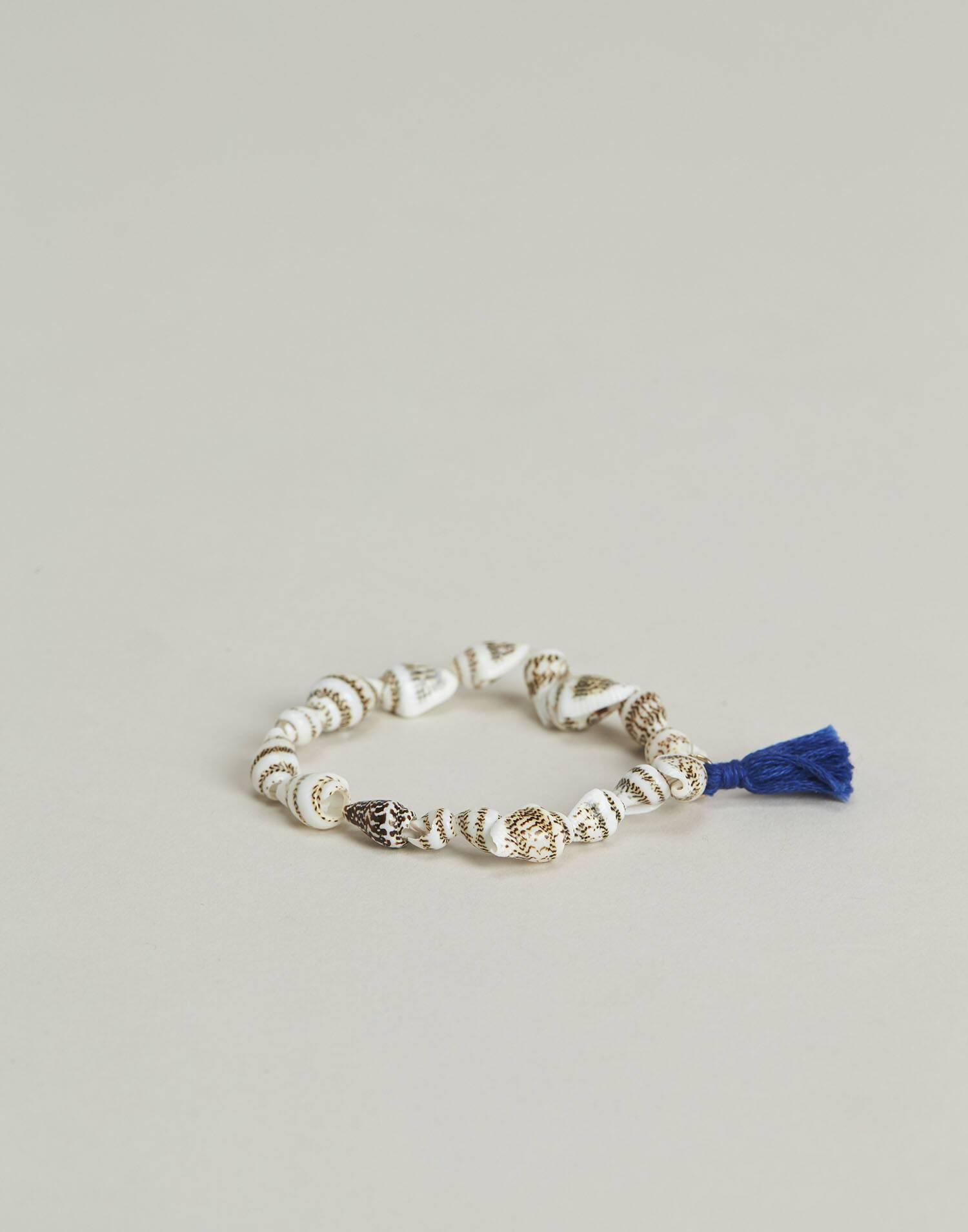Shell anklet bracelet with pompom