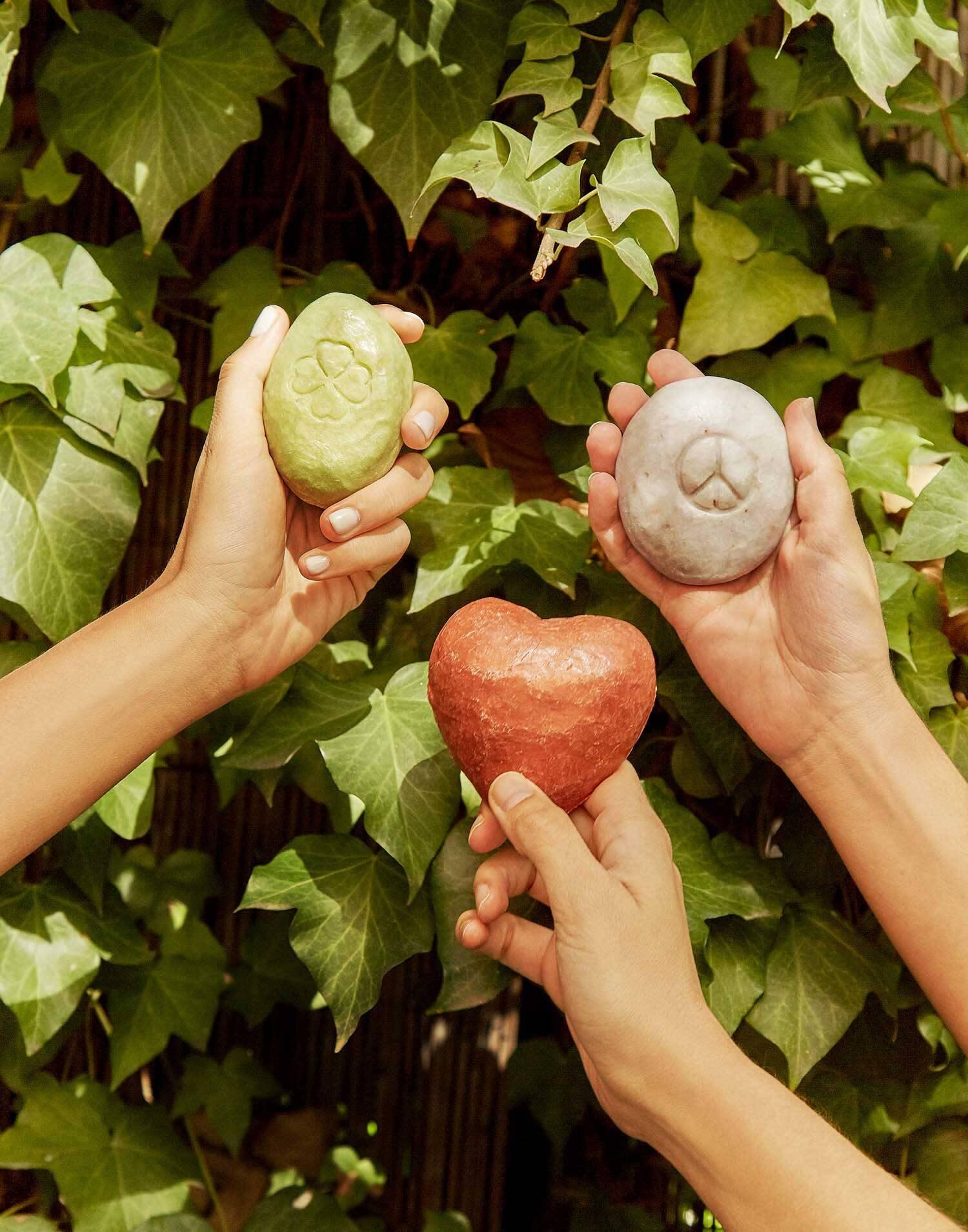 Savon mains love