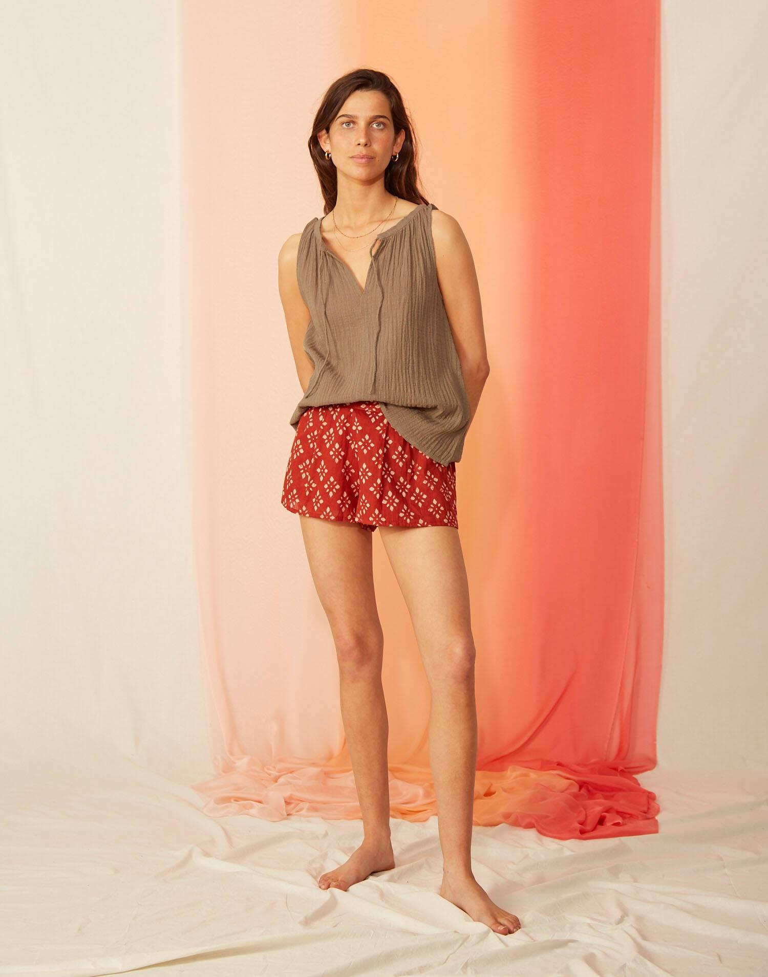 Rustic sleeveless top