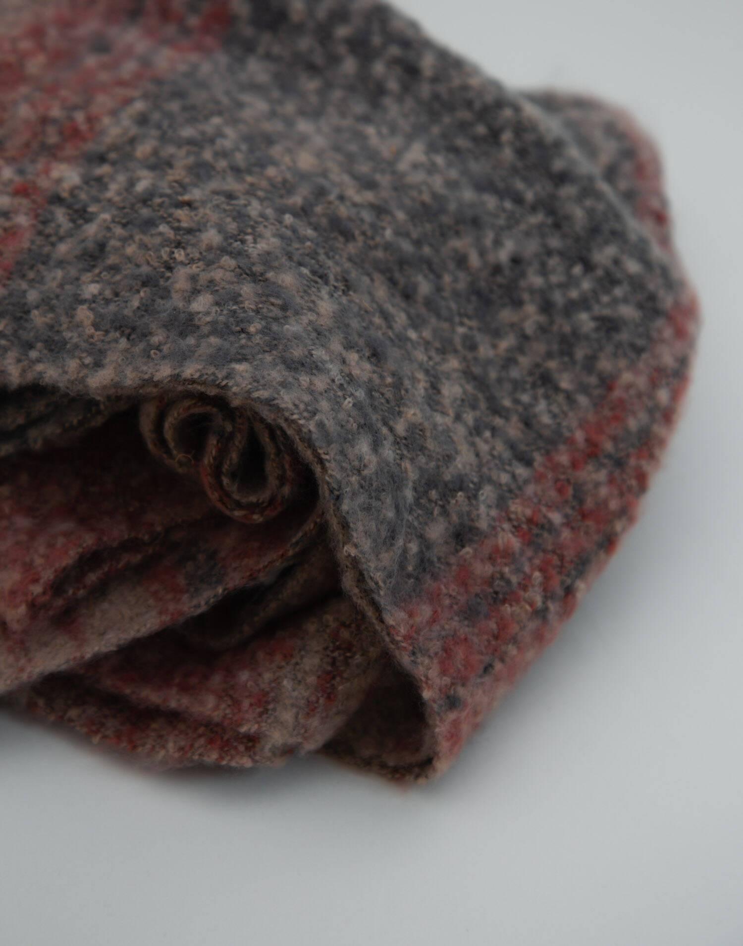 Tassel blanket scarf