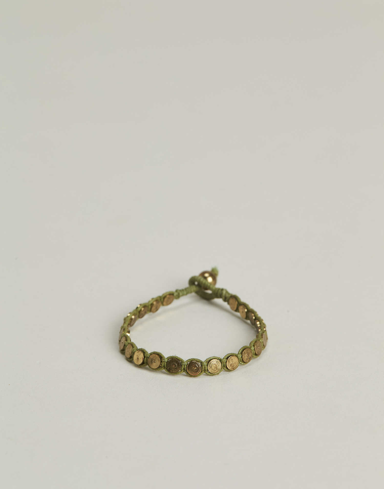 Medals thread bracelet