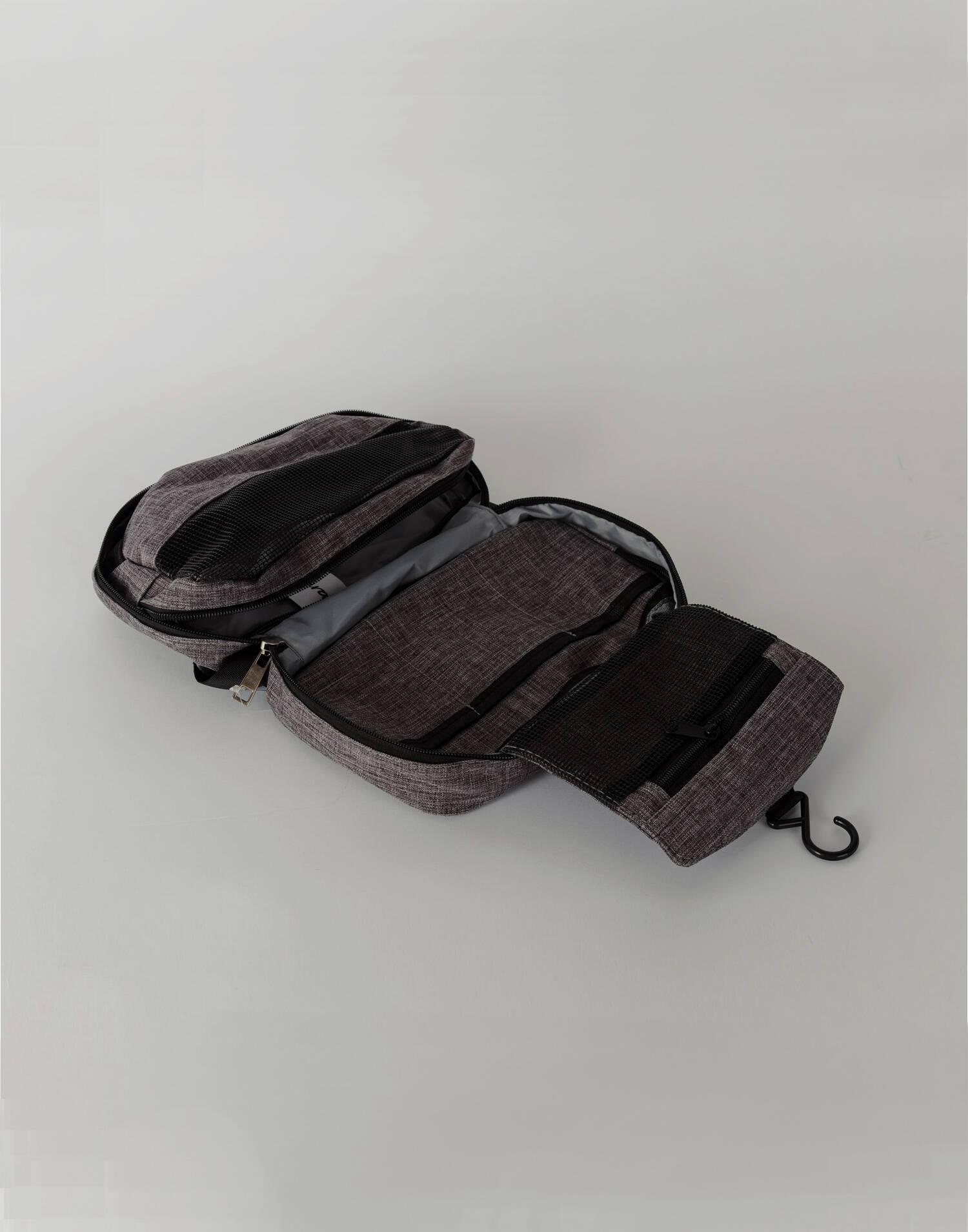 Sports toilet bag